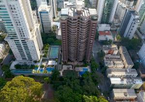 Seu 4 suítes no Santo Agostinho, com 360m²; conheça o Costa Smeralda