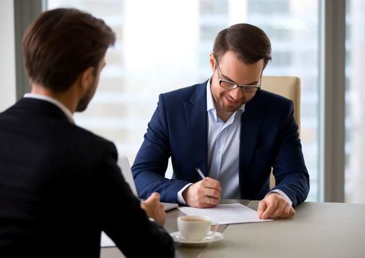 6 dicas de negociação para a renovação de contrato de aluguel